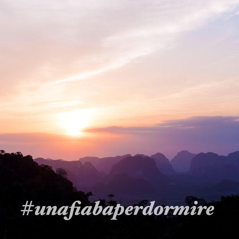 tramonto romantico, immagine per il challenge una fiaba per dormire in cui si raccontano le fiabe per dormire