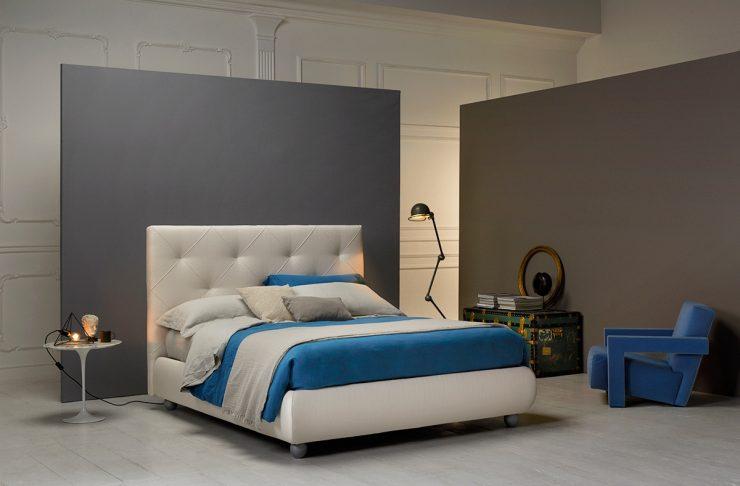 Camera da letto con struttura letto Tokyo dai colori freschi e rilassanti: bianco e azzurro. Ideale per dormire bene in estate